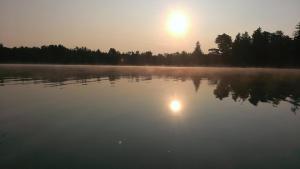 Caz Lake 08102014